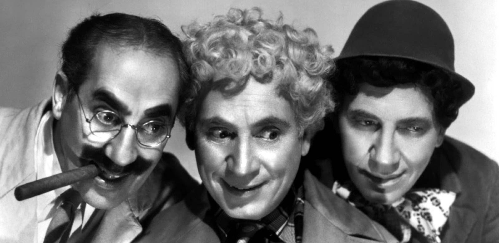 Cine Clásico - Una Noche en la Ópera (Hermanos Marx) [mega]