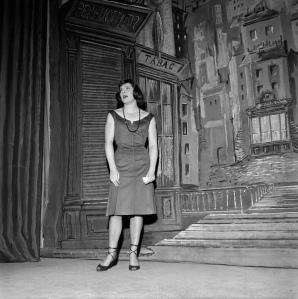 """Colette Renard en """"Irma la dulce"""" (1956)"""