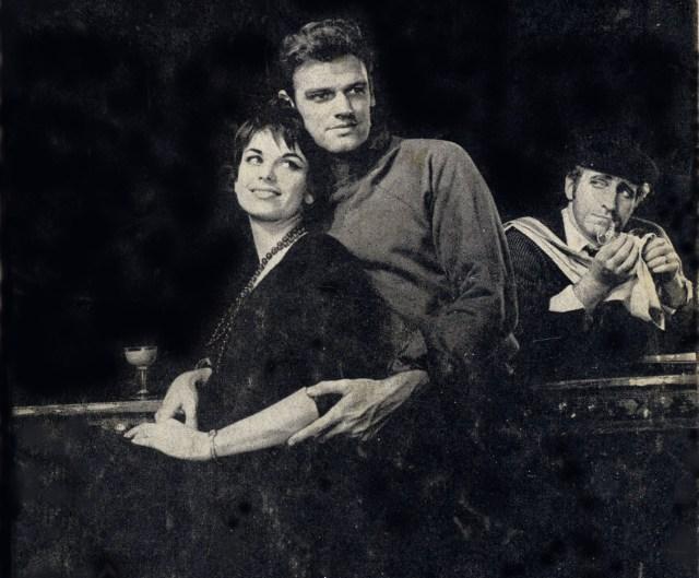 """Elizabeth Seal, Keith Michelly Clive Revill en """"Irma la dulce"""" (versión de Broadway de 1960)"""
