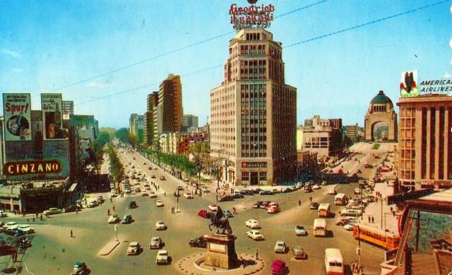 Glorieta del Zócalo. México D.F. a principios de la década de 1950