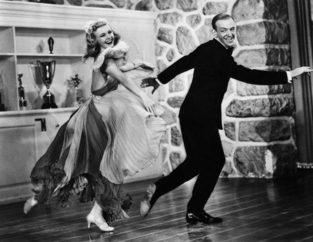 """Ginger Rogers y Fred Astaire en un fotograma de """"The Gay Divorcee"""" (1934), cuya melodía """"The Continental"""" fue la primera que consiguió el Oscar a la Mejor canción original"""