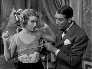"""Maurice Chevalier y Jeanette McDonald en """"Ämame esta noche"""""""