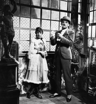 """Lotte Lenya y Rudolf Forster en un fotograma de la película de 1931 """"Die 3 Groschen-Oper"""""""