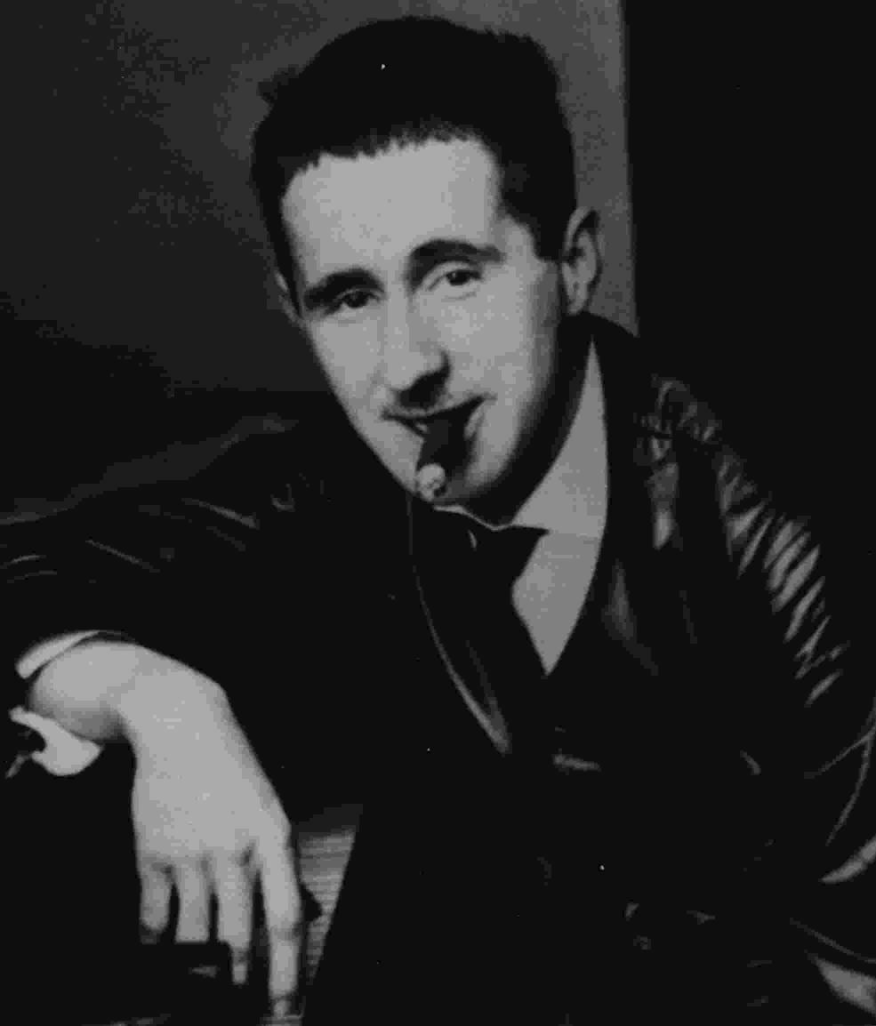 Bertolt Brecht - Die Moritat Vom Mackie-Messer / Die Ballade Von Der Unzulänglichkeit