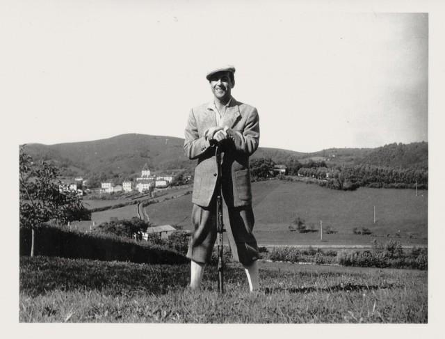 Luis Mariano en Sare (Pirineos Atlánticos, País Vasco francés), donde tenía una casa. Colección Patxi Lacan.