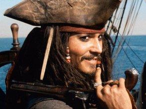 """Johnny Depp en """"Piratas del Caribe: La maldición de la Perla Negra""""."""