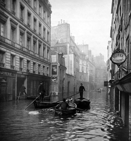 Calle Seine. / Albert Chevojon y Roger Viollet / BHVP.