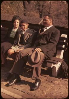 Robeson, su esposa e hijo en 1940.