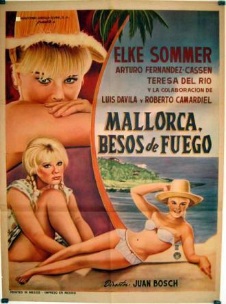"Cartel anunciador de la película ""Bahía de Palma"" en México, donde se tituló ""Mallorca. Besos de fuego""."