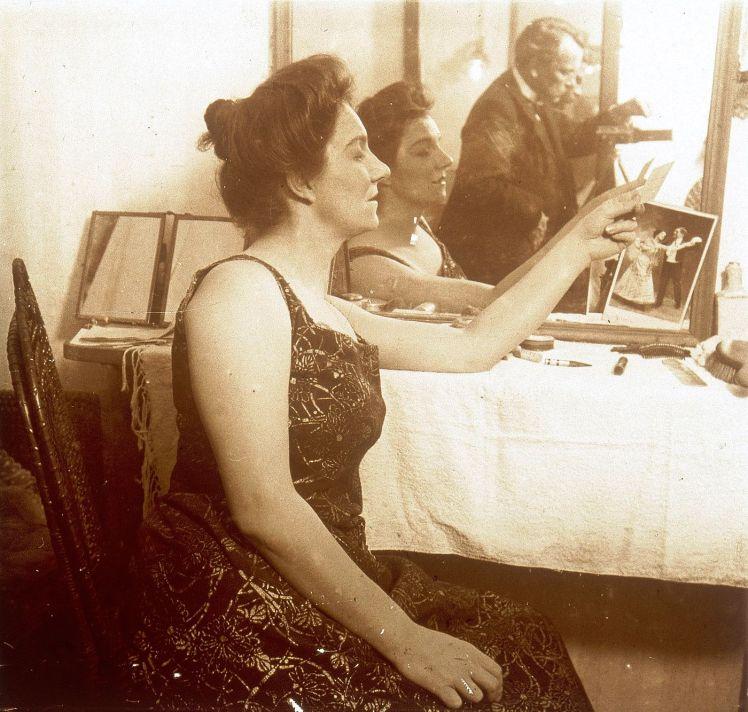 Yvette Guilbert a principios del siglo XX