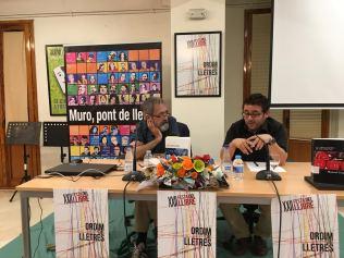 Con el concejal de Cultura Sergi Silvestre durante presentación del acto.