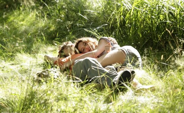 Carolina. un-amour-de-jeunesse-película 2