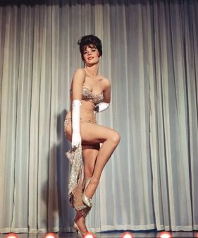 Natalie Wood en el mismo número. / Secuencia de la película Gypsy (1962).